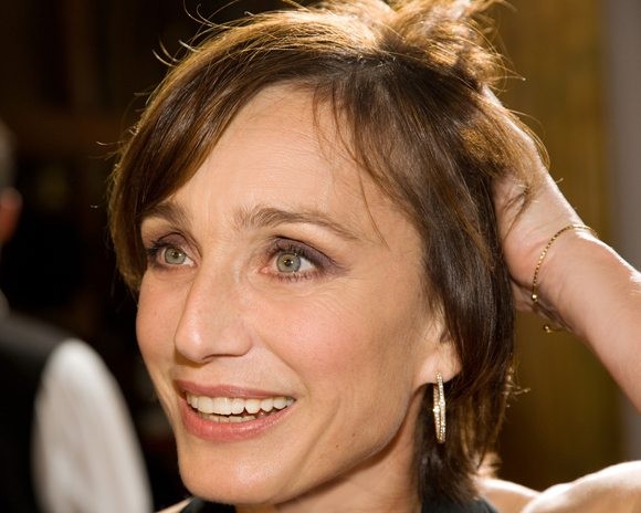 11518: Kristin Scott Thomas on the red carpet for the premiere of Partir (Leaving) at the Visa Screening Room during the 2009 Toronto International Film ... - KristinScottThomas1734_4