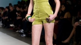 Jessica Biffi shows legs, cleavage and ass for spring-summer