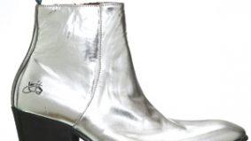Toronto men get lift from high heels