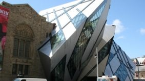 The Weekender: The ROM Prom, Opera to Go, Fashion Week, Earth Hour