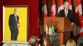 Former PM Chrétien is well hung on Parliament Hill