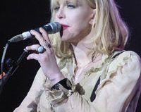 Courtney Love sets a scary new standard for hipster fashion