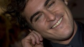 Media alerted to Joaquin Phoenix imposter tricking fans at TIFF