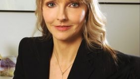 Kirstine Stewart to take over CBC hot seat vacated by Richard Stursberg