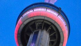CN Tower loses highest restaurant record; still has highest wine cellar
