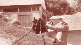AGO intern solves long-standing photo attribution mystery