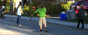 City recommends serial lawbreaking when it comes to street hockey