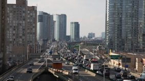 Board of Trade calls for road tolls; Doug Ford calls for a two-tier model for traffic congestion (uh, literally)