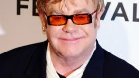 Sir Elton John is coming to Toronto to host Fashion Cares