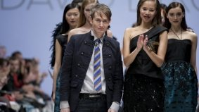 David Dixon brought the elegance of Hitchcock and some weirdly sparse feathers to Toronto Fashion Week