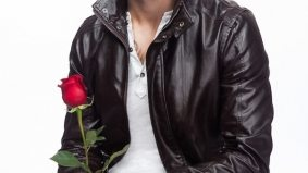 Meet the Bachelor Canada—another white football player