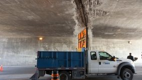 Concrete keeps falling off the Gardiner Expressway