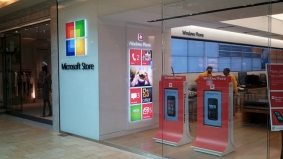 Microsoft set to open its first Canadian store in Toronto