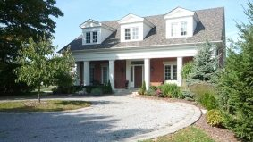 Cottage of the Week: $2.2 million for a 25-acre spread with a vineyard in Niagara-on-the-Lake