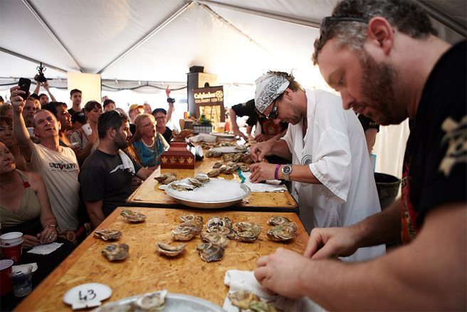 See Ontario's best shuck it off at last weekend's 2012 Oyster Fest