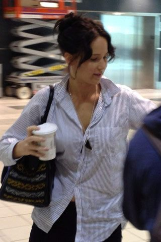 SPOTTED: a brunette Jennifer Lawrence at Pearson Airport