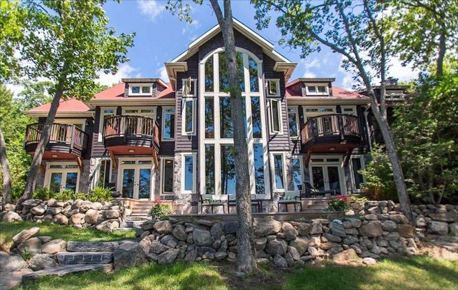Cottage of the Week: $2.7 million for a Georgian Bay getaway with a pirate ship
