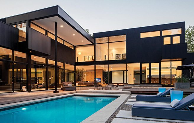 House of the Week: $5.3 million for an ultra-modern Oakville home with a fully equipped gym