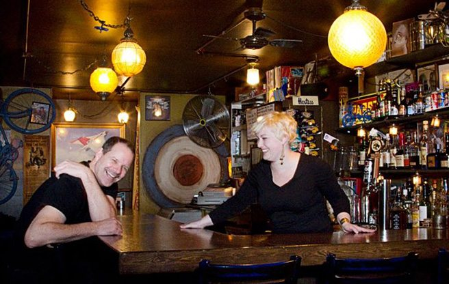 Queen East bar The Avro is closing in April