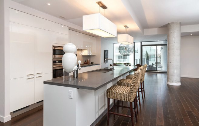 Condo of the Week: $2.8 million for a suite with two terraces in an exclusive Wellington Street building
