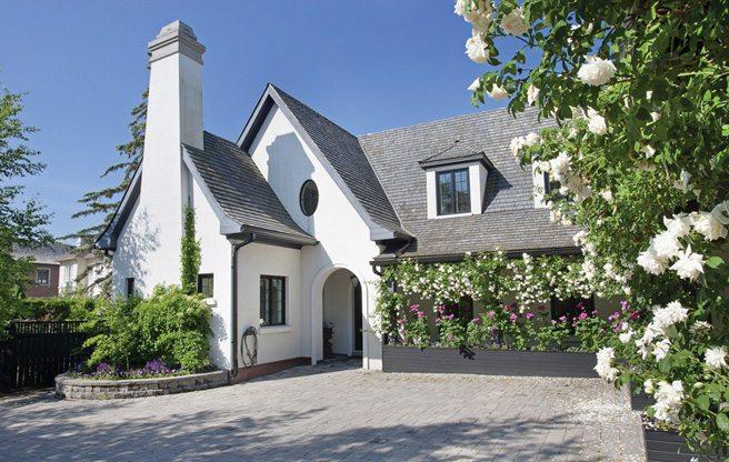 House of the Week: 31 Alderbrook Drive