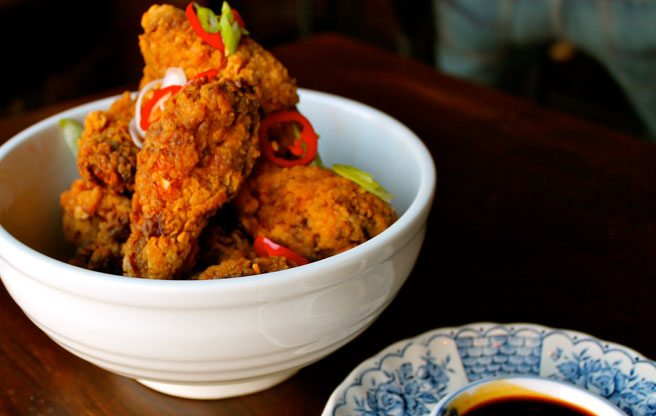 Best of the City 2013: spicy Singapore chicken wings that don't require wet naps