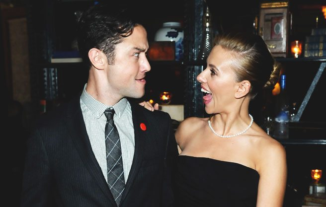Scarlett Johansson and Joseph Gordon-Levitt get (platonically) friendly at the party for Don Jon