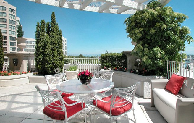 Condo of the Week: 2287 Lake Shore Boulevard West, Suite 308