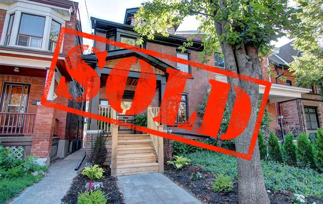 Sold: a former rooming house in Trinity Bellwoods for significantly over asking