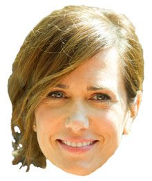 SPOTTED: Kristen Wiig eats noodles with a pesky wasp