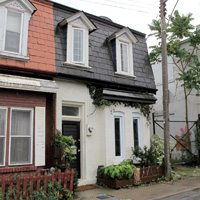 Option 2: Rebecca Street (near Queen and Ossington)