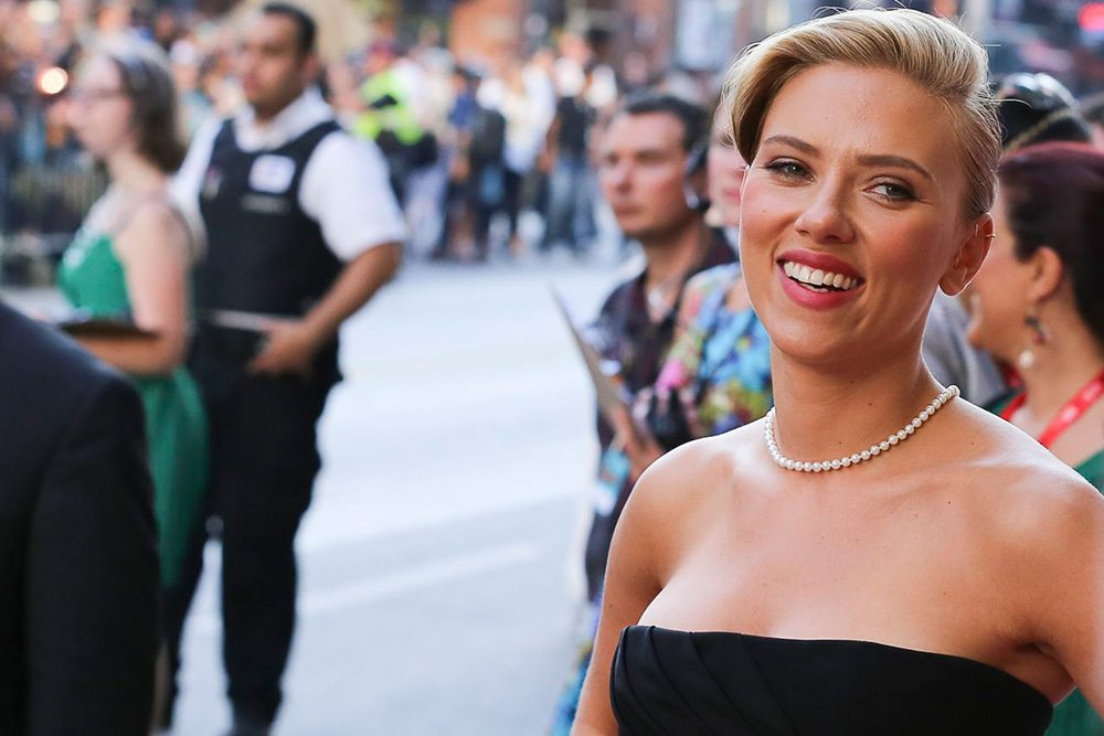 TIFF Red Carpet: Scarlett Johansson gives dating tips and Joseph Gordon-Levitt cops to smoking pot at the Don Jon gala