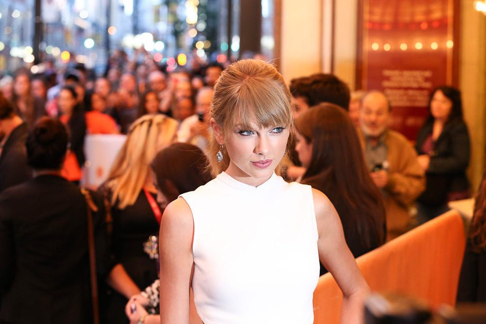 TIFF Red Carpet: Taylor Swift turns the premiere for One Chance into a zoo