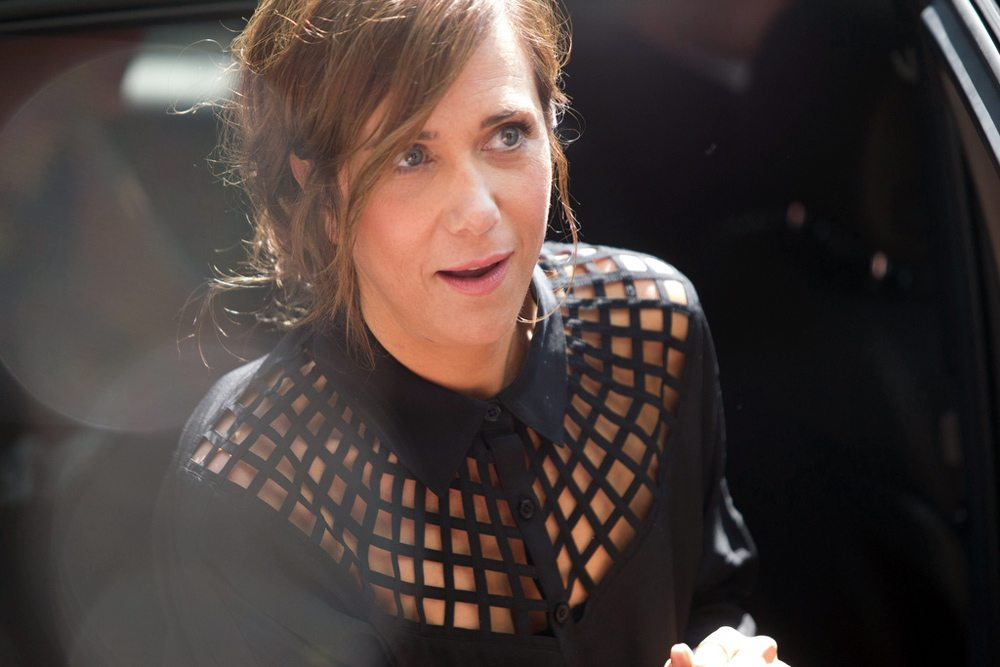 TIFF Red Carpet: Kristen Wiig gets a belated birthday cupcake at the Hateship Loveship gala