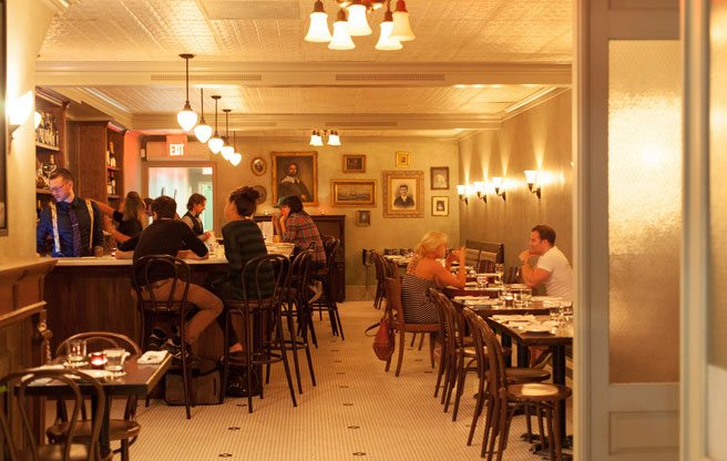 Review: absinthe, oysters and old-timey cocktails at Geraldine in Parkdale