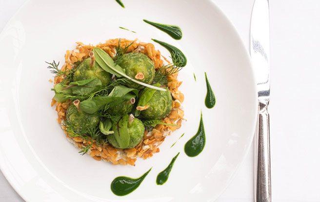 Must-Try: Auberge du Pommier's emerald-green frog leg tempura