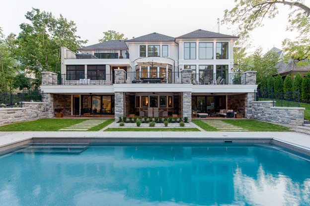 House of the Week: $8.9 million for an Oakville mansion with a backyard that downtowners can only dream of