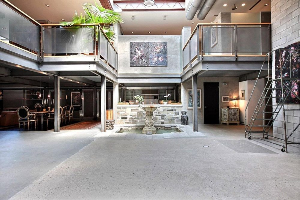 House of the Week: $5.95 million for a film studio that was converted into a jaw-dropping home