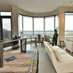 condo-of-the-week-77-avenue-road-small