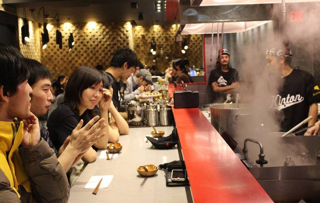 Chicken noodle soup is the star at Kinton Ramen's new Koreatown location