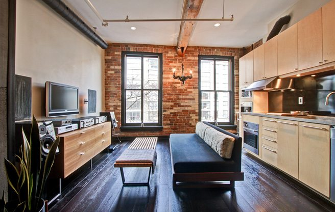 Condo of the Week: $400,000 for a compact living space next to St. Lawrence Market