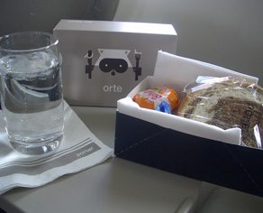 Dear Urban Diplomat: Can Porter Airlines really demand that I pay for food with my credit card instead of cash?
