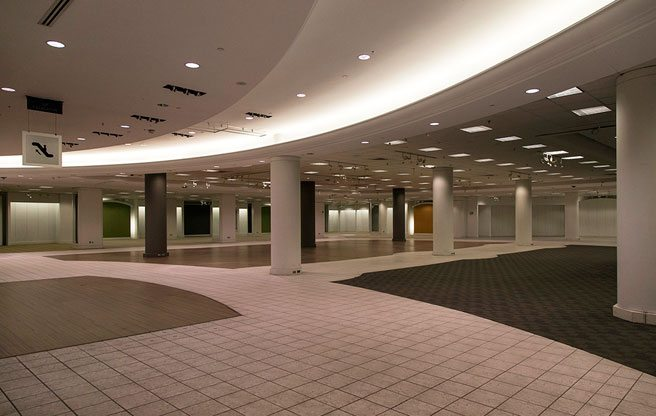 PHOTO: the spookily empty Eaton Centre space where Sears used to be