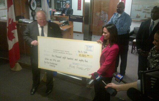 PHOTO: Rob Ford hands out a giant novelty cheque
