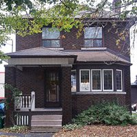 Sale of the Week: an $801,000 High Park fixer-upper shows that Toronto still loves the classics