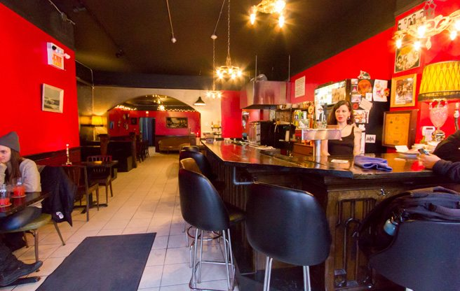A low-key dive bar and veggie café opens on the Queen West strip