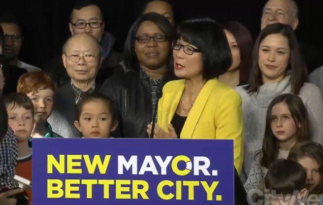 Olivia Chow takes her mayoral campaign to the <em>Toronto Sun</em>