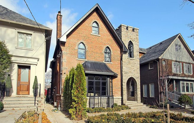 House of the Week: $3 million for a miniature castle near Yonge and St. Clair