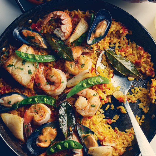 Recipe: how to make the authentic Spanish paella from King West's Patria