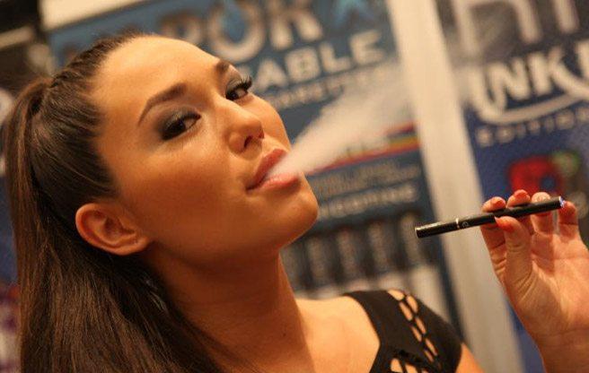 Next on the Toronto Board of Health's hit list: e-cigarettes